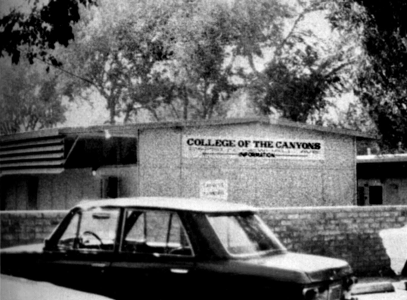 Santa Clarita Ca >> SCVHistory.com CO6901 | College of the Canyons | Temporary ...