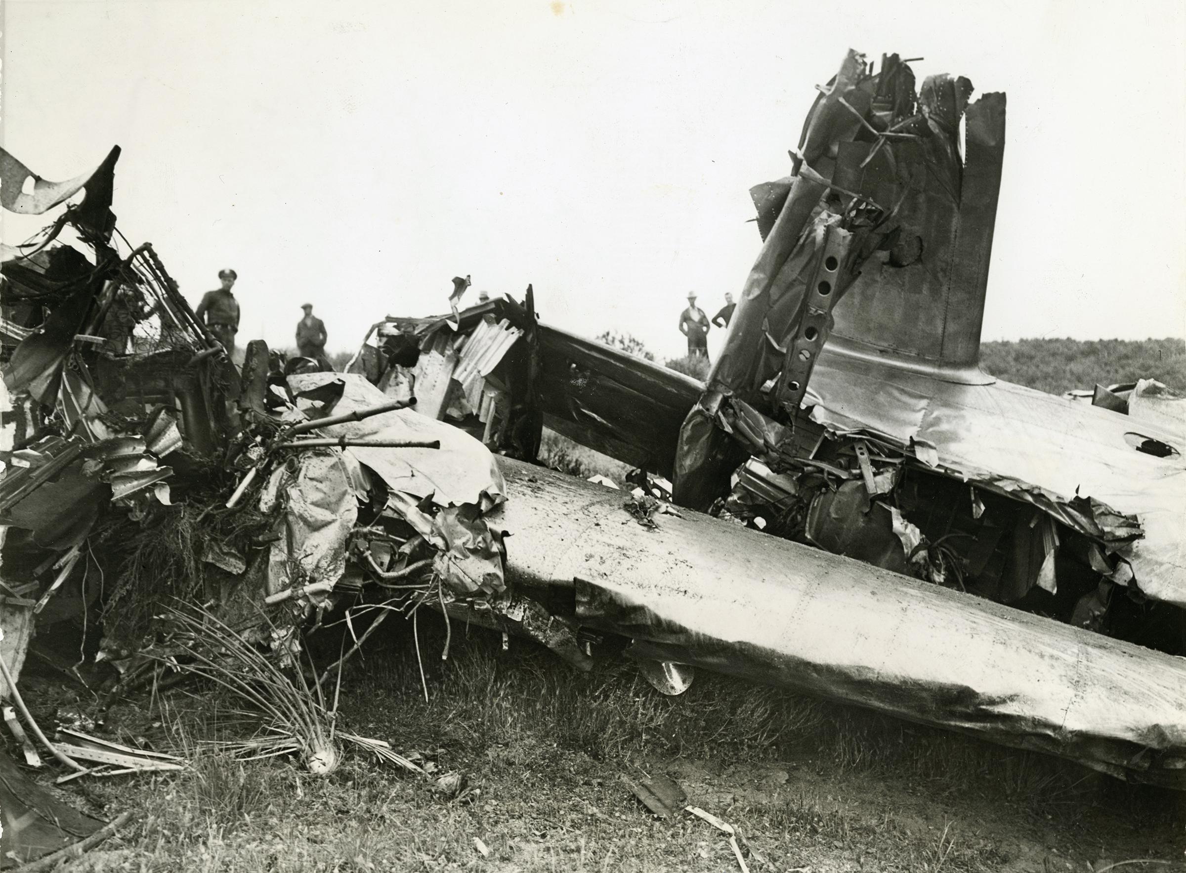 scvhistorycom lw2877 aircraft down wreckage of