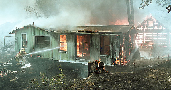 Larinan house burning