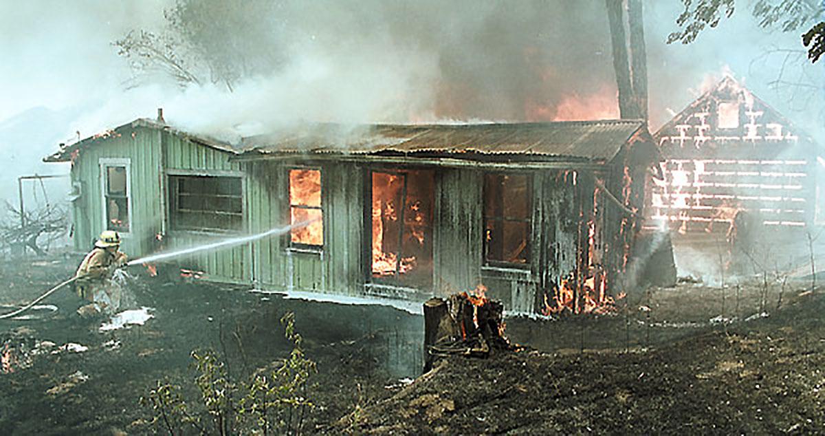 Larinan house burning